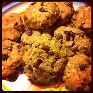 PB, Chocolate + Cranberry Cookies. Vegan!